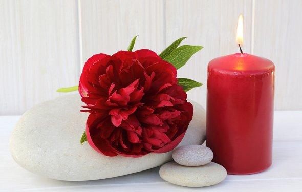 Зажгите красные свечи