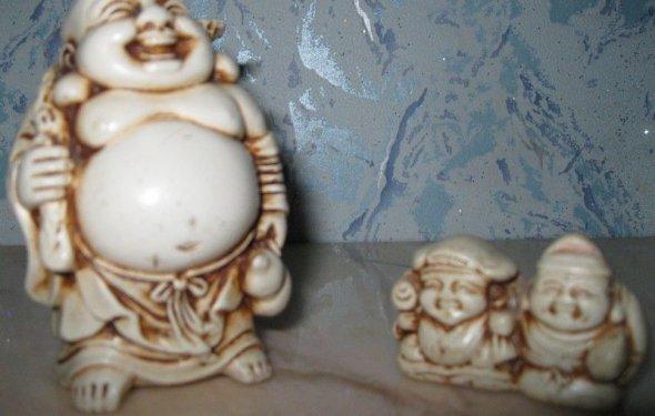 Две фигурки из Китая: Хотей с