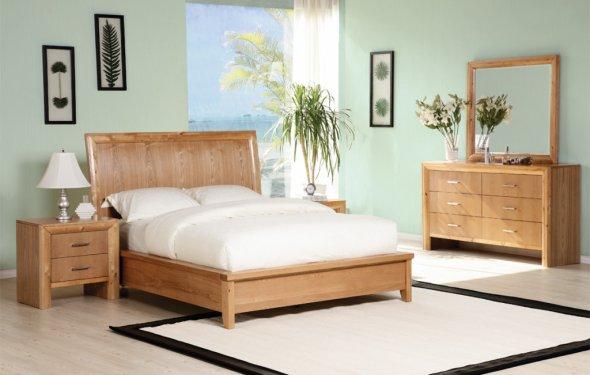 спальня кровать светлая